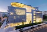 イギリスのQS社が毎年発表する世界大学ランキング。建築部門の1位はMIT。アジアからは中国・清華大学、シンガポール国立大学、香港大学などが並ぶ。東京大学13位、京都大学42位となっている